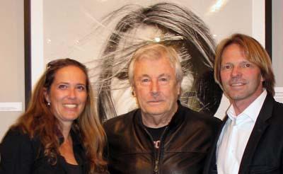 Jacqueline und Stephen Hoffman mit Terry ONeill, 2013, Foto: Helga Waess