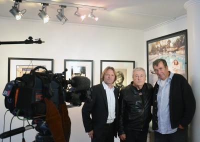 Eckhart Schmidt interviewte 2013 Terry ONeill, hier mit Stephen Hoffman, Galerie Stephen Hoffman - München, Foto: Helga Waess