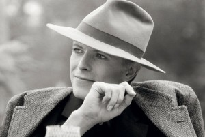 Terry O´Neill: David Bowie with hat in