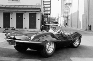 John Dominis, Steve McQueen driving his Jaguar XK-SS on Sunset Blvd, California 1963 - Galerie Stephen Hoffman, Munich (Germany)