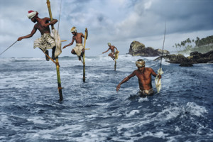 Steve McCurry, Fishermen, Weligama, South coast, Sri Lanka, 1995