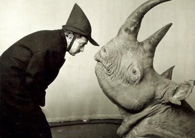 GSH-Philippe-Halsman-Dali_Rhino_