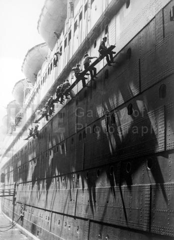 BOURKE-WHITE, MARGARET, Bremen Cruise ship, GSH
