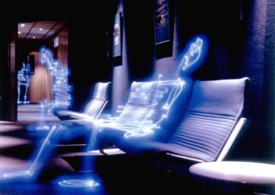 ALEXANDRE DURAND, Bonhommes Bleu en attente, 2001
