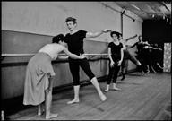 Dennis Stock, PAR128503 - James Dean, dance lesson, 1955