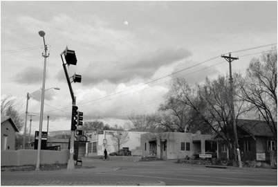 Jan-Oliver Wenzel, Moonrise, Santa Fe, New Mexico, 2010