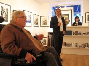 Horst Faas und Stephen Hoffman im November 2009 in der Galerie Stephen Hoffman