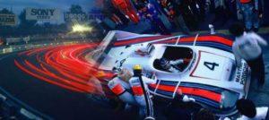 """Werner Eisele, """"Die lange Nacht"""", Boxenstop im Team Team Jacky Ickx, Jürgen Barth und Hurley Haywood des Martini-Porsche 936 Turbo vor dem Sieg in Le Mans 1977"""