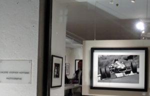 Werner Eisele, Flying Eagle, Schaufenster der Galerie Stephen Hooffman - Foto Helga Waess