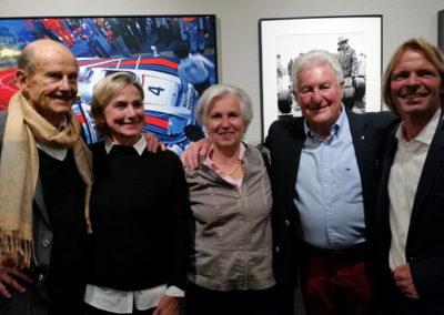 Von links: Rock'n Roll-Sänger Tommy Kent mit Partnerin Traudl und Motor Racing Photograph Werner Eisele mit Ehefrau Iris, rechts Stephen Hoffman, Foto: Helga Waess