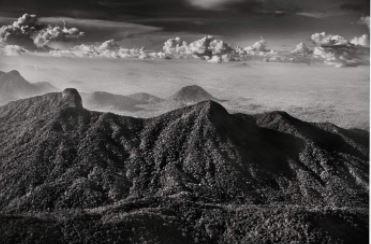 Sebastião Salgado, Marauiá-Bergkette. Indigenes Territorium, Bundesstaat Amazonas, 2018, Galerie Stephen Hoffman-Muenchen